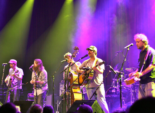 Download This: Greensky Bluegrass Covering 80s Hits Live on