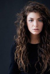 Lorde Performs Stunning Take On Jeremih's