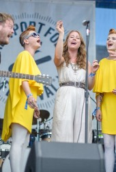 The Lone Bellow and Lucius Cover the Everly Brothers at Newport Folk Festival