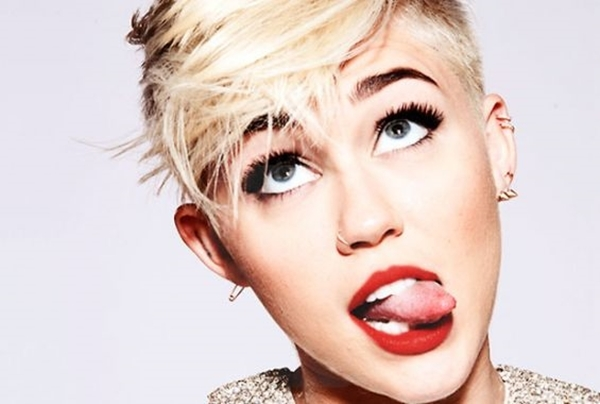 Miley Cyrus Covers Leonard Cohen and Peggy Lee on 'Maya & Marty' Premiere