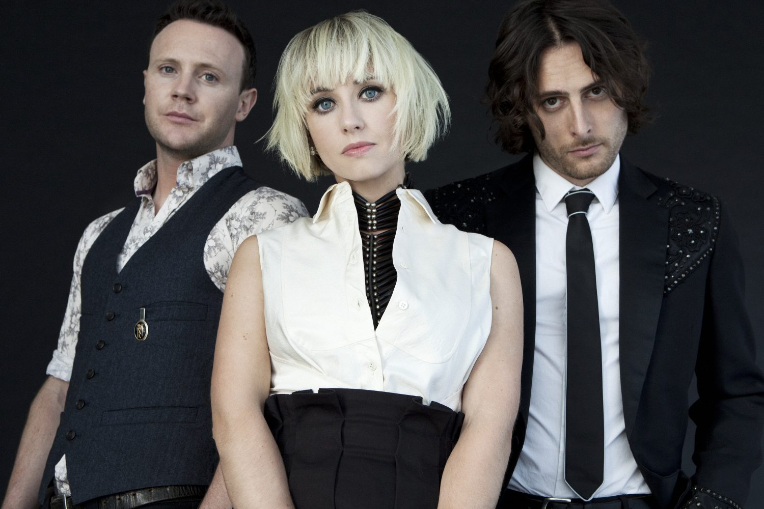 "The Joy Formidable Covers David Bowie's ""Ashes to Ashes"" and Misfits on New EP"