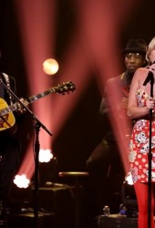 Miley Cyrus Wows The Tonight Show With Cover of Dylan's