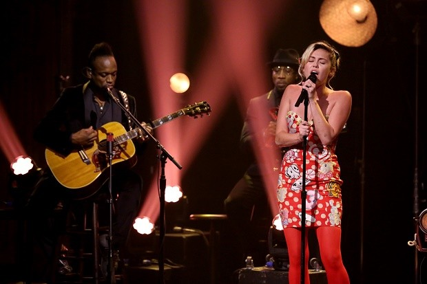 "Miley Cyrus Wows The Tonight Show With Cover of Dylan's ""Baby, I'm In The Mood For You"""