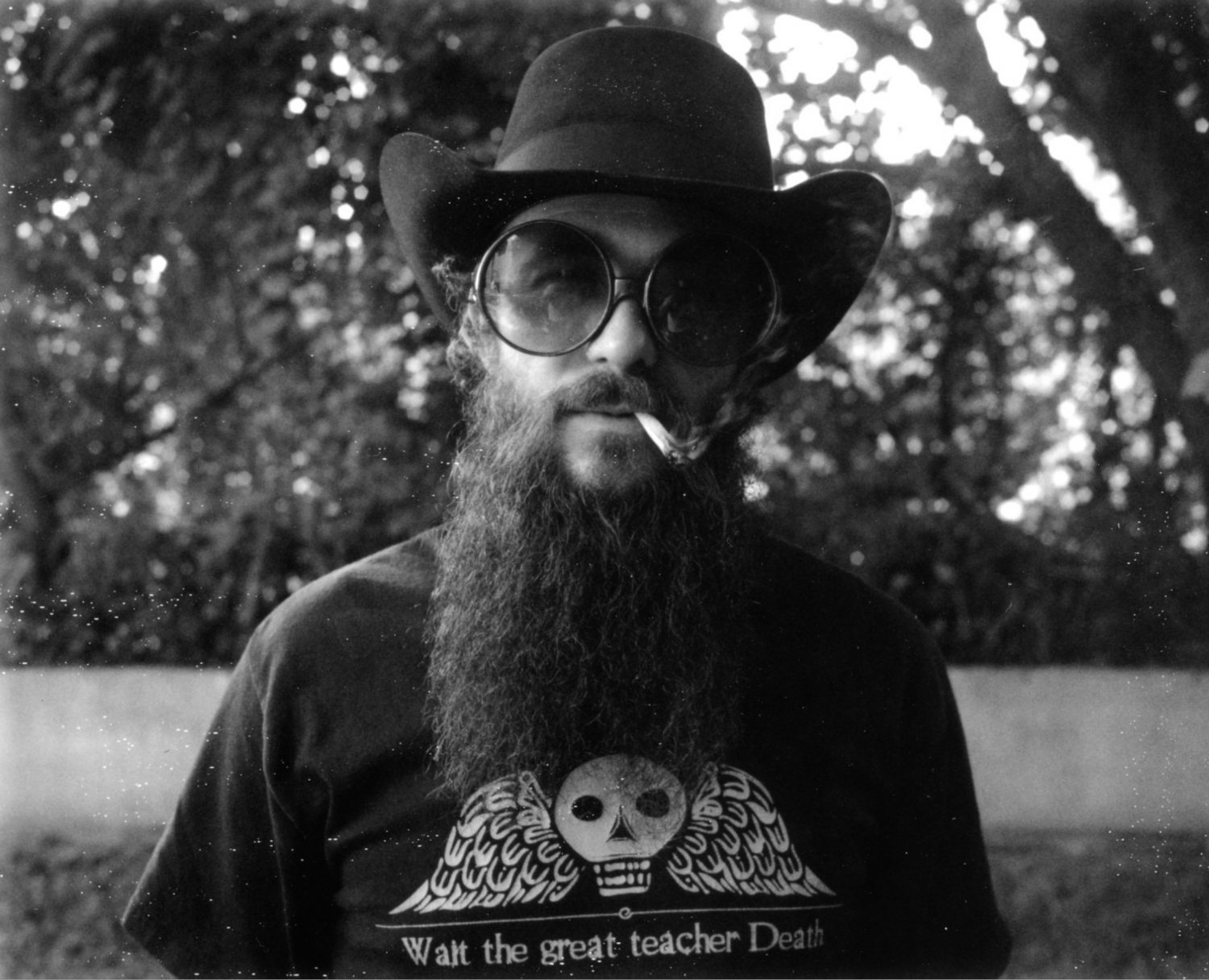 "Cody Jinks Covers Pink Floyd's ""Wish You Were Here"" as a Country Ballad"