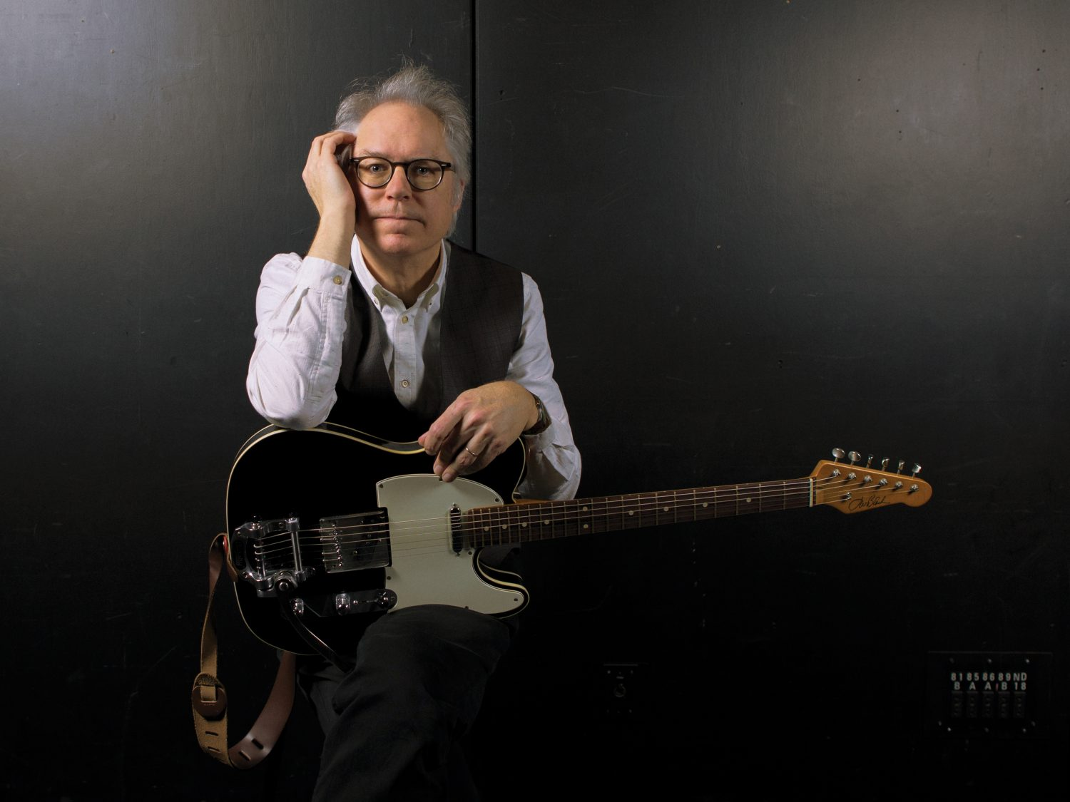 "Bill Frisell Makes Bob Dylan's ""Hard Rain"" Almost Unrecognizable on Instrumental Cover"