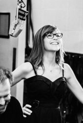 "Lisa Loeb Covers the Five Stairsteps' Soul Classic ""O-o-h Child"""