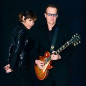 "Beth Hart and Joe Bonamassa Serve a Cup of ""Black Coffee"""