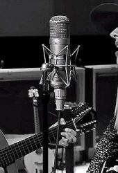 Richie Sambora and Orianthi Team Up on