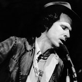 Outlaw Country Singer Gary Stewart's Lost Motown Covers Finally Surface
