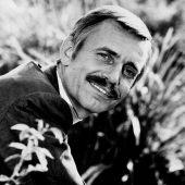 "Covering the Hits: ""Love Is Blue"" (Paul Mauriat)"