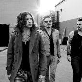 "Rival Sons Cover ""Wild Horses"" in an Empty Bar"