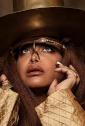 Hear Erykah Badu Cover Squeeze's