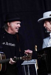 44 Years Later, Bob Dylan and Neil Young Reprise Their