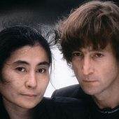 "Covering the Hits: ""(Just Like) Starting Over"" (John Lennon)"