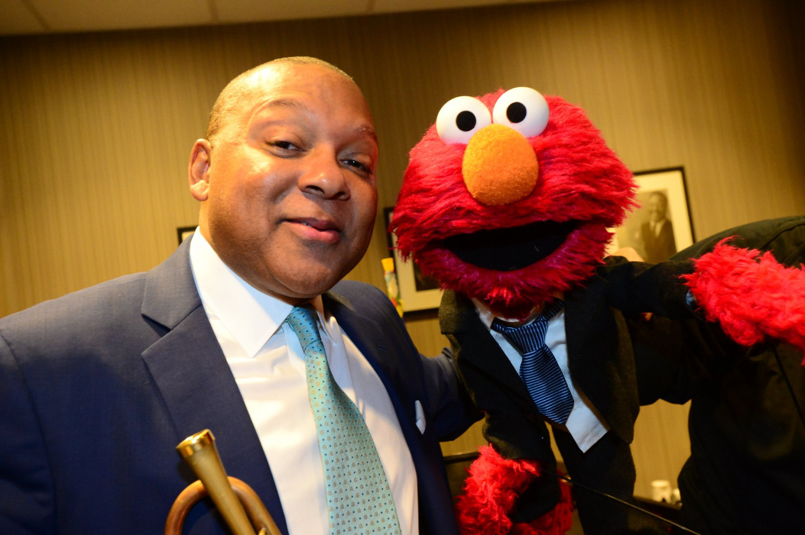 "'Sesame Street' Veteran Wynton Marsalis Covers the Muppets' ""Mah Na Mah Na"" on New Album"