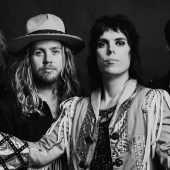 "The Struts Cover 'Destroyer'-Era Kiss Deep Cut ""Do You Love Me"""
