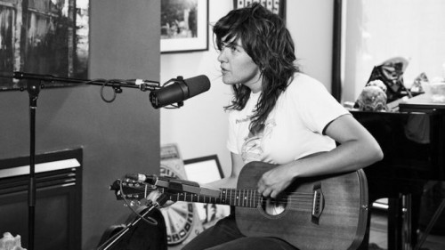 courtney-barnett-the-strombo-show-2016-source-supplied-photo-by-Vanessa-Heins-671x377