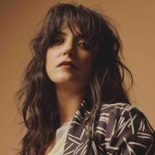 "Sharon Van Etten's ""Suspicious Minds"" Cover Sounds Nothing Like Elvis"