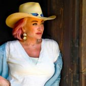 "Country Lifer Tanya Tucker Transforms Miranda Lambert's ""The House That Built Me"" on New Cover"