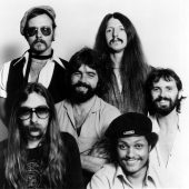 "Five Good Covers: ""What A Fool Believes"" (Kenny Loggins / The Doobie Brothers)"