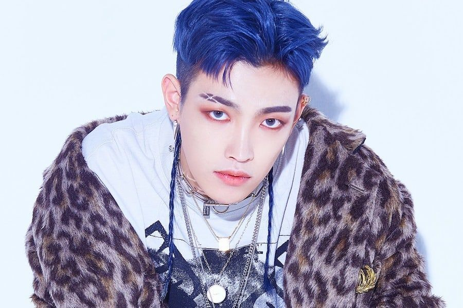 "K-Pop Star HONGJOONG Covers Linkin Park's ""Numb"""