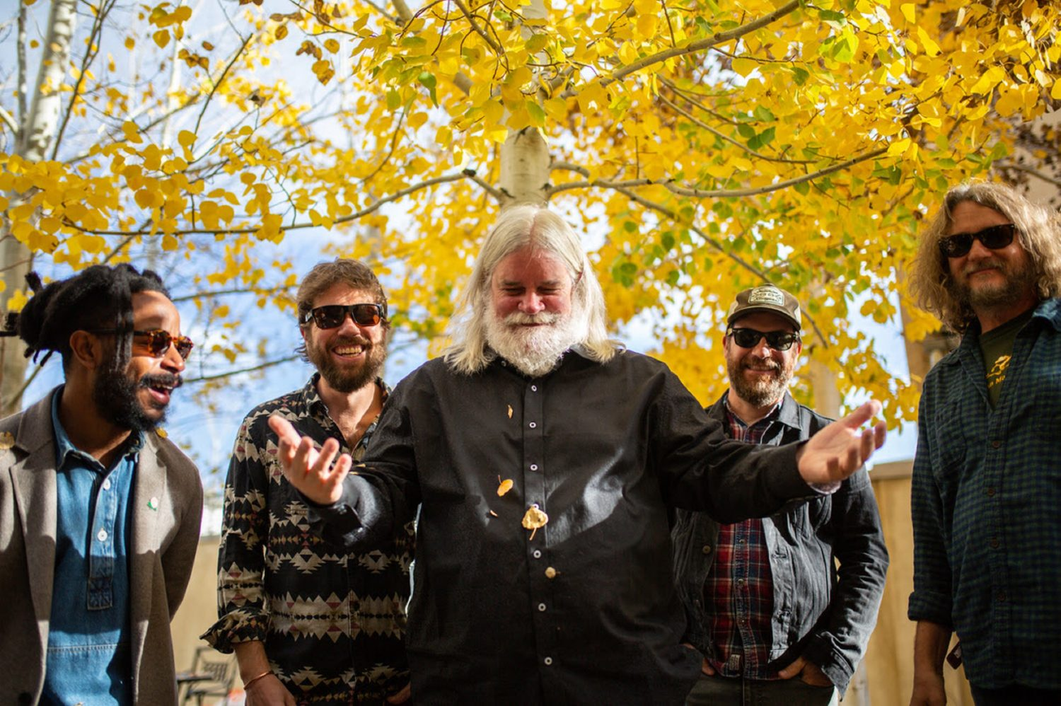 "Leftover Salmon Take On Soundgarden's ""Black Hole Sun"" with a Fervent Bluegrass Energy"