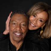 """The 5th Dimension's Billy Davis Jr. and Marilyn McCoo Let The Beatles' """"Blackbird"""" Fly"""