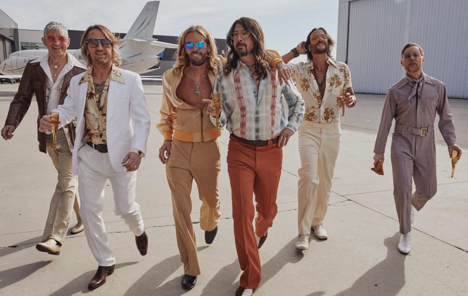 """Foo Fighters (aka """"Dee Gees"""") Go Disco with Video for """"You Should be Dancing"""" Cover"""