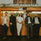 """IDLES Find the Post-Punk In Metallica's """"The God That Failed"""""""