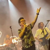 Rick Astley and Blossoms Cover Smiths Hits Live in Camden Town