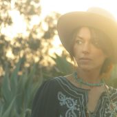 Susanna Hoffs Takes on Badfinger with Aimee Mann on New Covers Record